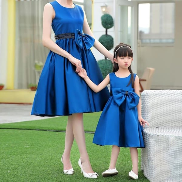 Mommy and Me Matching Sleeveless Blue Bowknot Fancy Dresses