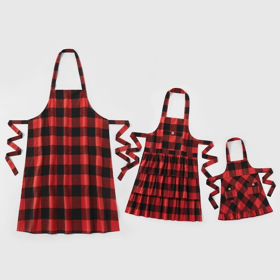 Cheap Red Plaid Flounce Family Matching Christmas Aprons