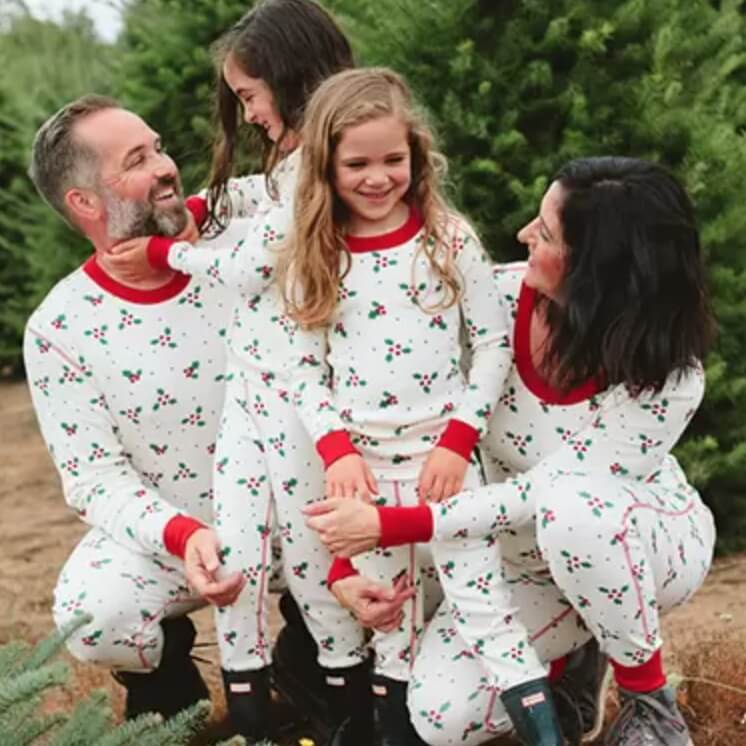 Hanna Holly Family Holiday Pajamas